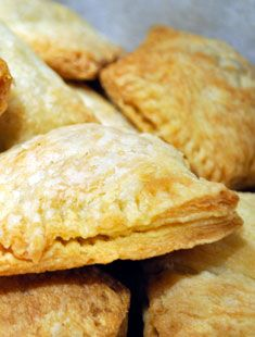 Haitian Patties: An Haitian delicacy, these are pastries filled with beef inside, but the filling can be replaced by chicken, vegetable mix or any other type of your liking.