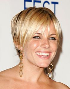 short blonde highlights | Sienna Miller short hairstyle shimmering blonde highlights