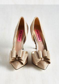 La Vida Luxe Heel in Gold | Mod Retro Vintage Heels | ModCloth.com