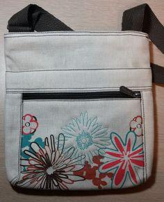 Thirty One Organizing Shoulder Bag Daisy 16