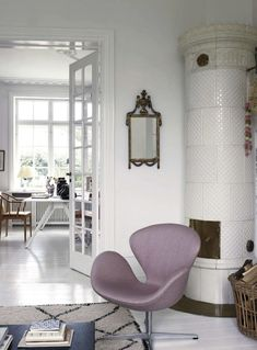 Living Room ǁ Fritz Hansen products: Swan™ chair and Swan Sofa™ by Arne Jacobsen