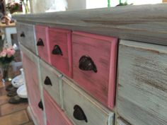 #shabbychic #shabby #chic #shabbychicfurnitures #white #pink #countrystyle Country Style, Shabby Chic, Bird, Outdoor Decor, House, Furniture, Home Decor, Homemade Home Decor, Birds