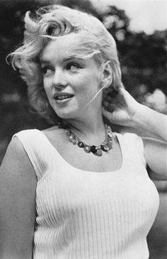 Marilyn Monroe by Sam Shaw (1957)