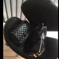 90% off  on our items 100% Quality Guaranteed Worldwide Free Shipping Contact: Line/Wechat/Whatsapp:+8613249634759 kik:lovinclothings lovinclothings@hotmail.com #luxurybag#luxurylifet#luxurybrand#fashion#style#stylish#instafashion#pretty#versace#MCM#outfit#beautiful#purse#shopping#handbag#dior#michaelkors#McQueen#balenciaga#ManoloBlahnik#valentino#ferragamo#chanel#burberry#gucci#loewe#lv#hermes#prada#mq