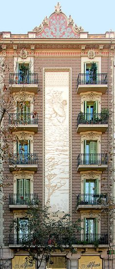 Barcelona - Mallorca 142 a | Modernisme