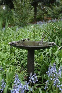 Garden Frog Birdbath - beautiful but a bit expensive, but one can dream Garden Frogs, Bird Bath Garden, Garden Art, Garden Cottage, Garden Design, Lawn Edging, Garden Fountains, Garden Projects, Spring Projects