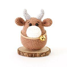 Chinese New Year Ox Crochet Pattern - Stitch by Fay Crochet Mouse, Crochet Bunny, Crochet Animals, Easy Crochet Baby Hat, Free Crochet, Amigurumi Patterns, Crochet Patterns, Amigurumi Toys, Crochet Dishcloths
