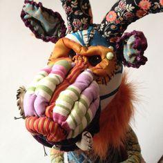 I-iTrophy, soft sculpture Soft Sculpture, 3 D, Wreaths, Stitch, Halloween, Animals, Home Decor, Full Stop, Animales