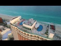Cancun Wedding Photographer Video with Vanessa and Sergio at Beach Palace Cancun Drone Photography, Couple Photography, Wedding Photography, Food Photography, Cancun Wedding, Wedding Resorts, Destination Wedding, Photo Record, Beach Ceremony