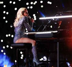 Lady Gagas Hairstylist Pulled Off a Hairdo Change at the Super Bowl