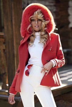 Candice Swanepoel Sebastian Faena Photoshoot 2011 for V Magazine-01.jpg 1,251×1,875 pixels