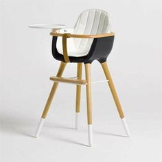 micuna-ovo design high chair.  i'd like to sit in it.