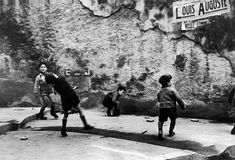 Robert Capa - Paris. 1937.