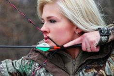 Not your typical Miss America contestant! Miss Kansas is Tattooed, Shooting, Bow-Hunting, National Guard Soldier Certified Redneck Princess Miss America 2013, Miss America Crown, Ms America, Archery Poses, Archery Girl, Miss Usa, Archery Photography, Photography Ideas, Portrait Photography