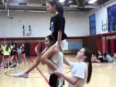 Cool Cheerleading Stunt- Shoulder Sit Chair!