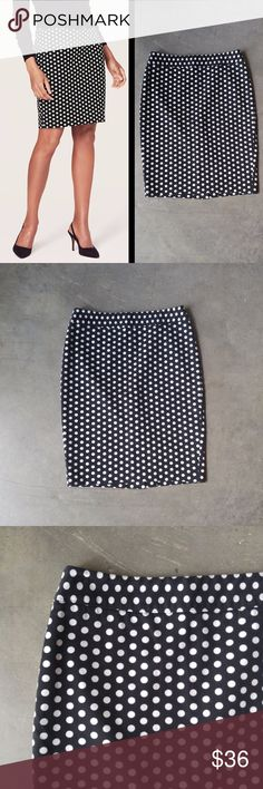 LOFT Black and White Polka Dot Pencil Skirt Ann Taylor LOFT pencil skirt, size 6 (small), in excellent condition! Black background with white polka dots throughout. Zipper at top back and slit at bottom back. Would look great with a bright colored blouse on top! Cover photo from LOFT website. No trades. No modeling. Make a reasonable offer. Thanks! LOFT Skirts Pencil