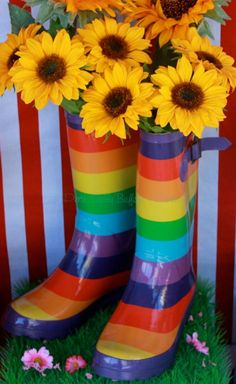 Piece of Cake: Rainbow Lolly Buffet - 'Real Party Feature'