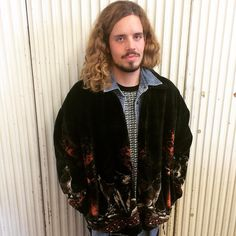 All I want for Christmaaaaas...  is a sweater as cuddly as a boyfriend can be  Sweater jacket with wolf print: 24 EUR @ Humana Second Hand and Vintage Frankfurter Tor 3 Berlin #winter #gift #inspiration #fashion #fashionstyle #streetstyle #fashionblogger #secondhand #thriftstore #menswear #model #80s #80sfashion