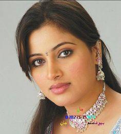 Kiran Naz be Beautiful Girl Indian, Most Beautiful Indian Actress, Beautiful Girl Image, Beautiful Actresses, Gorgeous Women, Indian Natural Beauty, Indian Beauty Saree, Beauty Full Girl, Beauty Women