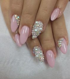 Details about nail art mixed 2 & 3 mm crystals & pearls nails sparkle shimmer christmas Nail Art Designs, Pretty Nail Designs, Acrylic Nail Designs, Nails Design, Pearl Nail Art, Pearl Nails, Fabulous Nails, Gorgeous Nails, Prom Nails