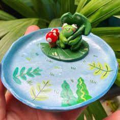 Polymer Clay Crafts, Diy Clay, Frog Crafts, Biscuit, Clay Art Projects, Clay Bowl, Cute Art Styles, Clay Figures, Sculpture Clay