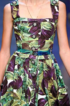 Dolce & Gabbana Spring 2012 RTW - Details