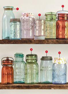 Ball Mason Jars, Mason Jar Diy, Mason Jar Crafts, Bottle Crafts, Kerr Mason Jars, Ball Canning Jars, Antique Bottles, Bottles And Jars, Glass Jars