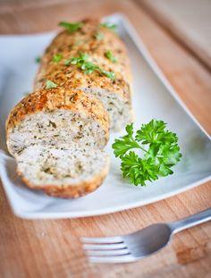 Jednoduchou kombinaci kuřecího masa, petržele a rozteklého sýra si v sekané zamilujete!; Greta Blumajerová