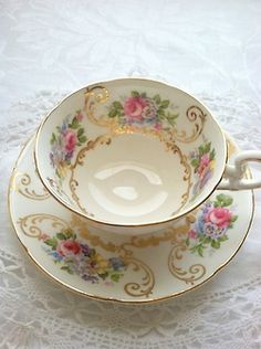 Vintage China This is the pattern of my Great Grandma China set. mariasfarmhouse: Vintage Tea Cup by Maria -