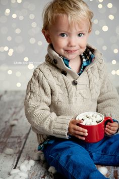 Winter Wonderland Sessions - love the oatmeal colored sweater with a few subtle pops of color