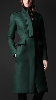 Shop the latest womenswear from Burberry including seasonal trench coats, leather jackets, dresses, denim and skirts. Burberry Coat, Peplum Coat, Coat Dress, Classy Outfits, Stylish Outfits, Green Fashion, Winter Fashion, Dress Outfits, Fashion Outfits