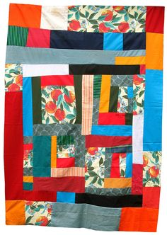 Lovely quilt made by nifty quilts in a Gee's Bend quilt workshop.