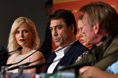 Stuck in the middle with you: Javier Bardem was seated between the exes for the frosty press conference after the photocall refugees western sahara charleze theron sean penn caa