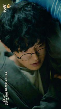 Drama korea ' Memories of the Alhambra ' Exo Chanbaek, Kim Minseok, Kyungsoo, Drama Korea, Korean Drama, Park Chanyeol Exo, Lucky Ladies, Kim Junmyeon, Hyun Bin