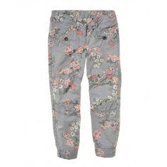Pantalone stampato, con tasche a filetto e vita regolabile. Elastico nel retro del polsino alla caviglia. 4ED457170 FANTASIA