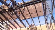Techo acristalado del patio del Palacio de la Misión Ferris Wheel, Utility Pole, Fair Grounds, Travel, Outdoor, Palaces, Space, Places, Voyage
