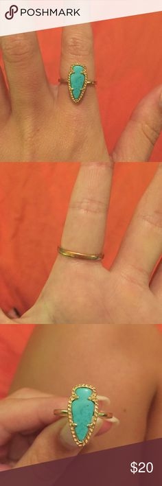 Kendra Scott ring size 7 Super cute Kendra Scott ring! Starting to turn in color a little on the back, but you can't tell from the front! Kendra Scott Jewelry Rings