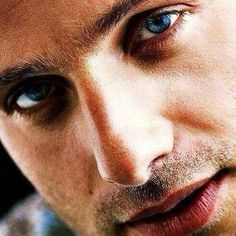 Andrew Lincoln....Lord have mercy!!!
