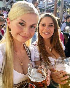 German Girls, German Women, Octoberfest Girls, German Beer Festival, Beer Maid, Beer Girl, Root Beer, Germany, Cabaret