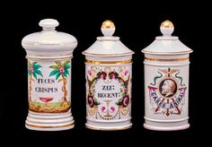 3 FRENCH PORCELAIN APOTHECARY JARS : Lot 190