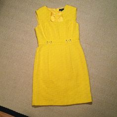 "TAHARI dress Perfect for spring - fully lined yet light sleeveless yellow "" happy"" dress! ( TAHARI Arthur S. Levine ) .Time to get some color! True to size. Length  37.5, waste 16.5"". Texture pique. Cotton and polyester. Zipper on the back. Can do all precise additional measurements as needed. Tahari Dresses Midi"