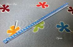 Утром рулон высох и можно продолжать работу дальше... Сшиваем полоску ткани для нашей палочки-рулончика, проглаживаем шов для легкого выворачивания и для аккуратного внешнего вида самой палочки.