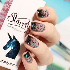 How creative is this?! Love how @mari_lumme used Starrily 'Sea Glass'