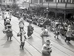 Step in Time: A Grand Opening (Parade) For Magic Kingdom Park, 1971 « Disney Parks Blog