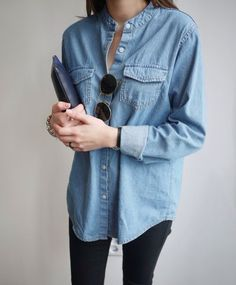 Denim button up   //  Women's fashion