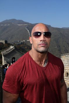 Dwayne Johnson Photos - Actor Dwayne Johnson attends the Great Wall on October 2014 in Beijing, China. - Cast Of Hercules Visit The Great Wall Of China The Rock Dwayne Johnson, Rock Johnson, Dwayne The Rock, Most Beautiful Man, Beautiful People, Celebrity Deaths, Hollywood Actor, Cute Guys, Sexy Men