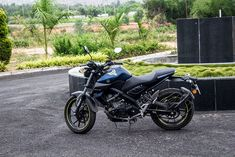 Discover recipes, home ideas, style inspiration and other ideas to try. Mt 15, Hero Motocorp, Mt Bike, Matt And Blue, Beautiful Girl In India, Rest, Yamaha, Photo Galleries, Motorcycle