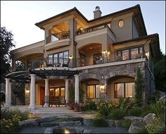 Exterior: I love the balconies!!!