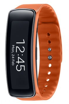 "Samsung announces Gear Fit fitness band with heart rate monitor, pedometer and 1.84"" display"