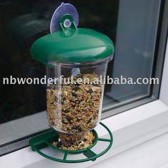 Alimentatore per uccelli e scoiattoli